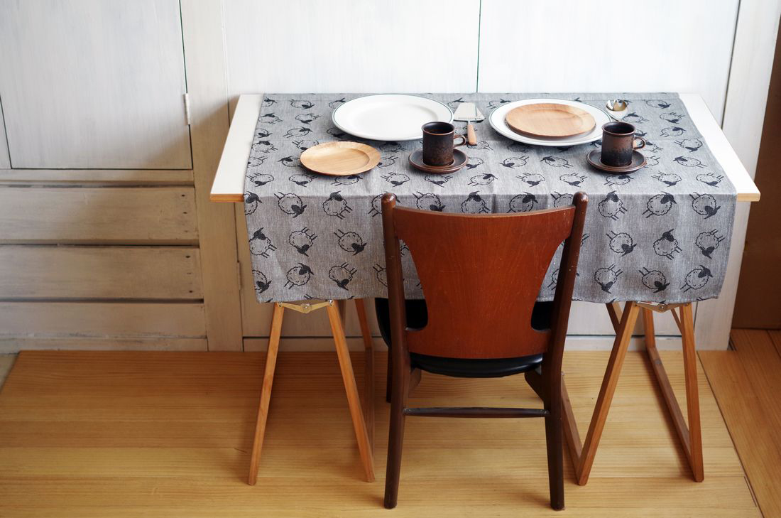 SPEGELS_SheepTableCloth