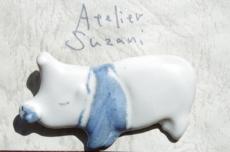 AtelierSuzani_Brooch_Pig_Blu