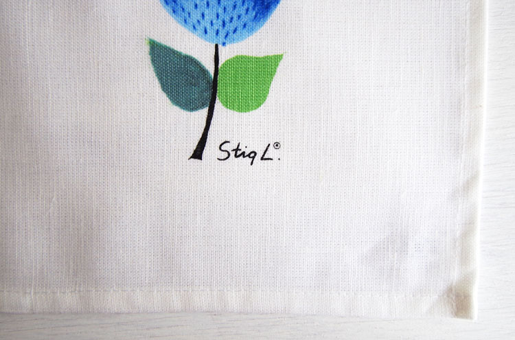 StigL_PrunusKitchencloth