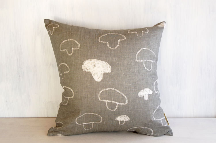 FLD_MushroomCushionCover
